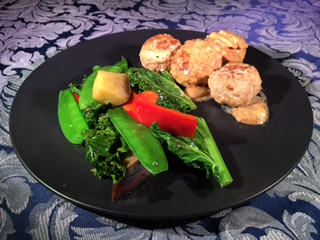 pork meatballs with mushrooms and vegetables